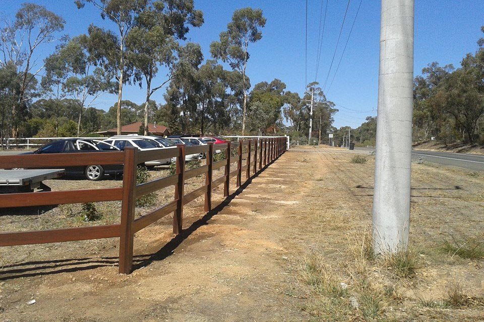 post-rail-pvc-fencing10